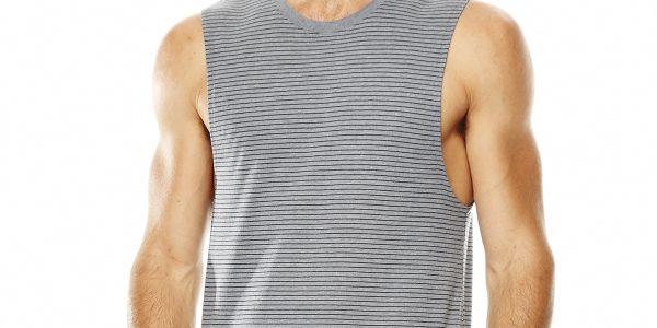 เคล็ดลับขณะเลือกเสื้อยืดสำหรับผู้ชาย